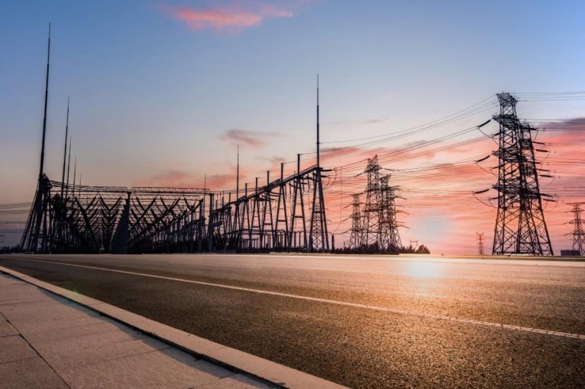 Roads that generate clean energy