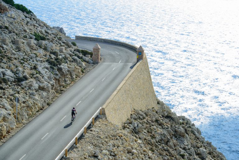 The problems of (and solutions to) cycle tourism in Mallorca